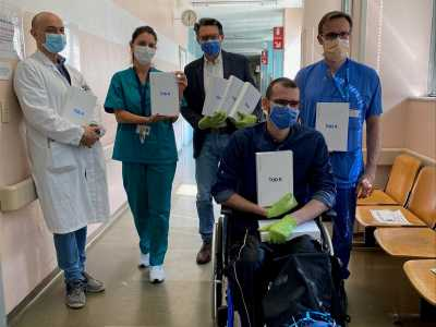 TRIA donates 10 tablet devices to the San Carlo Borromeo Hospital in Milan